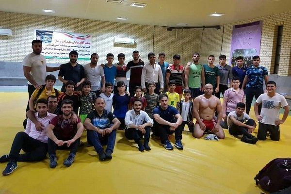 مسابقات کشتی قهرمانی استان بوشهر برگزار شد